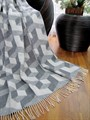 """Плед Vladi жаккард """"3-D/Куб"""" 140*200 біл-сір - фото 7234"""
